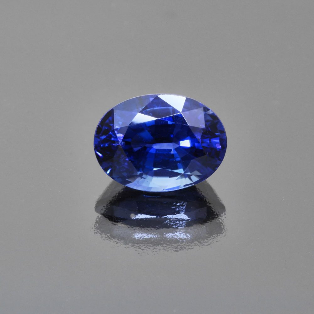 Blue sapphire oval by Caram_front view