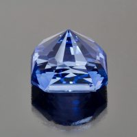Blue sapphire radiant cut 39 cts Caram_back view