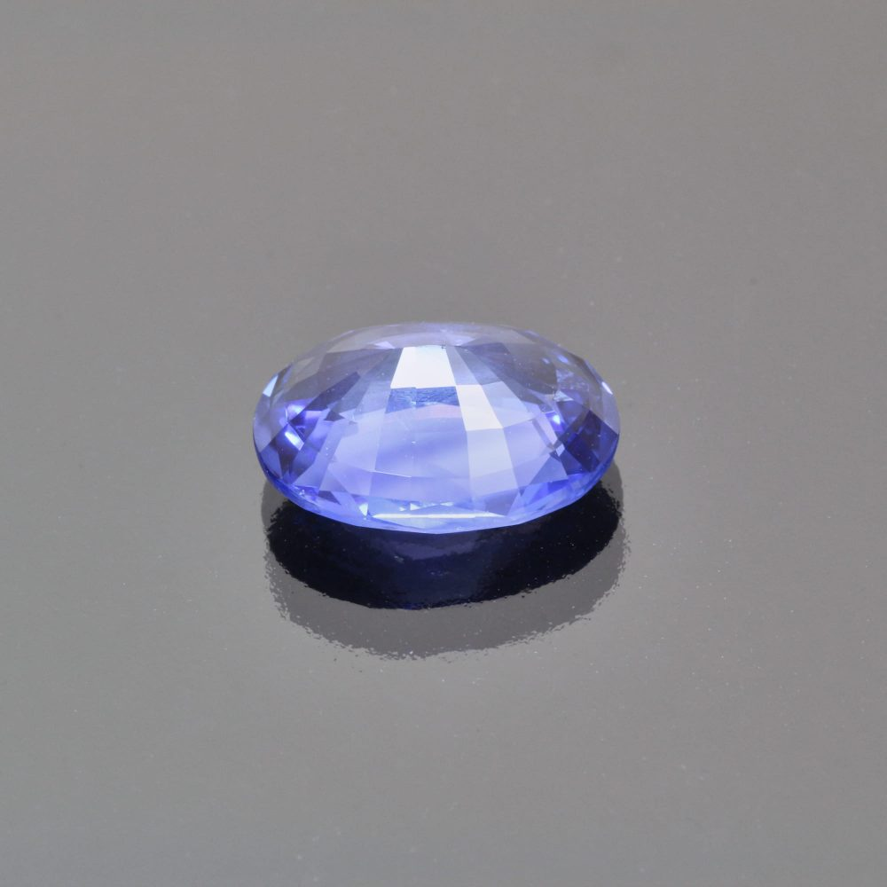 Cornflower blue sapphire oval by Caram_back view