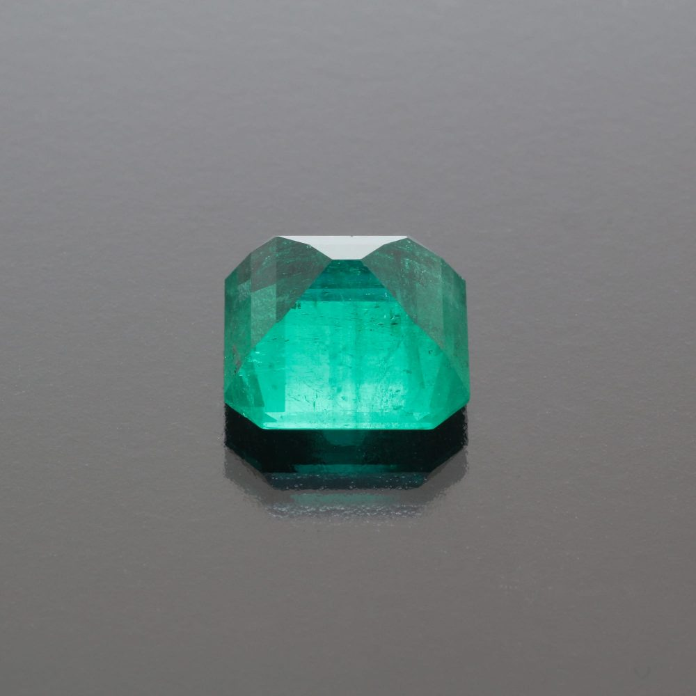 Emerald octagon 9.93 cts Colombia by Caram_back view