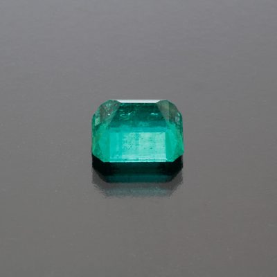 Emerald octagon Colombia 3.70 cts_back view