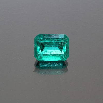 Emerald octagon Colombia 3.70 cts_front view