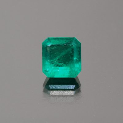 Emerald octagon Colombia by Caram_front view