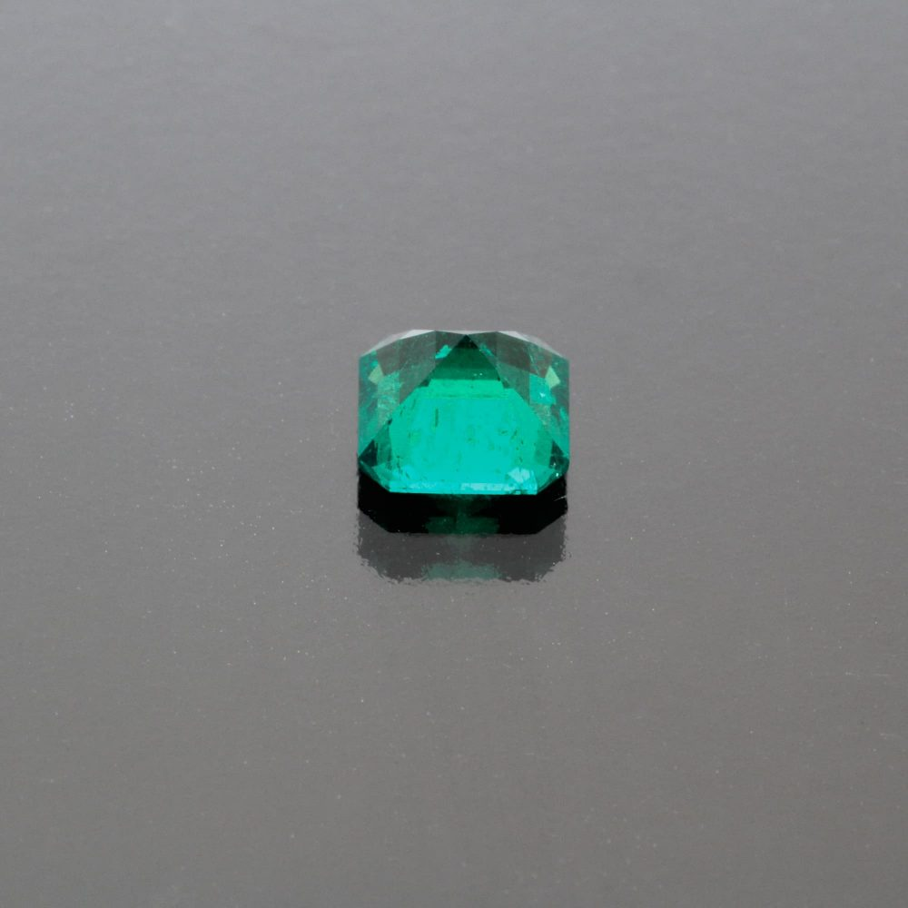 Emerald octagon Colombia no oil by Caram_back view