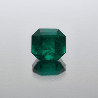 Fine Muzo Colombian emerald octagon by Caram_front view