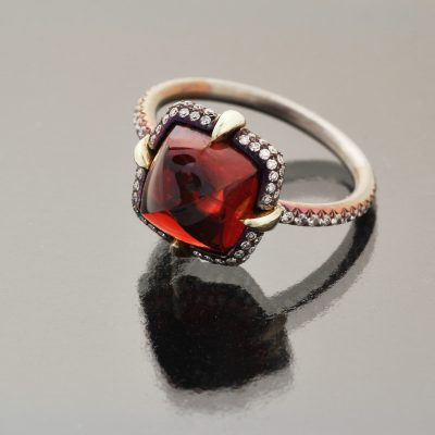 Burma spinel sugar loaf ring by Caram_profile view