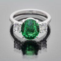 Tsavorite garnet oval ring with rose cut diamonds_front view
